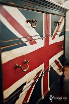 Union Jack, that is! I love Canada and I love our maple leaf flag, but let's face it – the Union Jack is UBER-cool. Union Jack Dresser, Furniture Makeover, Diy Furniture, Bedroom Furniture, Upcycled Furniture, Dollhouse Furniture, Do It Yourself Upcycling, Union Jack Decor, Miss Mustard Seeds