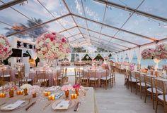 Inspiration mariage de luxe : la décoration - mariage rose et blanc à la plage