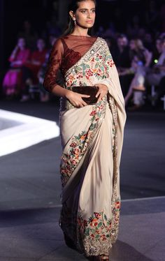 Manish Malhotra at Lakmé Fashion Week winter/festive 2016 Lakme Fashion Week, India Fashion, Ethnic Fashion, Asian Fashion, Women's Fashion, Manish Malhotra Saree, Lehenga Choli, Anarkali, Sabyasachi