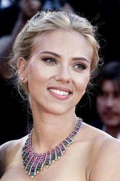 70+ The Most Inspiring Fashion Style from Scarlett Johansson