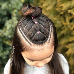 Our Online Store Offer Wallet- Friendly ( and Fashionable) Clothing Lil Girl Hairstyles, Celebrity Hairstyles, Ponytail Hairstyles, Pretty Hairstyles, Girl Hair Dos, Hair Upstyles, Texturizer On Natural Hair, Beautiful Braids, Girls Braids