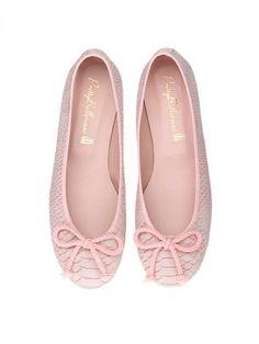 f4f0bddaf20 Pretty Ballerinas  This is my fav flats brand.