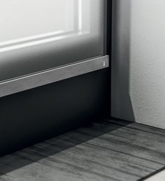 Fissa is a minimal, yet very elegant blind fitted to a window frame. It provides a sleek solution for a maximum privacy. This makes it a perfect blind for a bathroom. Antique Window Frames, Antique Windows, Vintage Windows, Old Windows, Old Shutters, Repurposed Shutters, Beautiful Blinds, Old Window Projects, Dream Closets