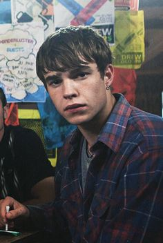 Nico Mirallegro as Finn Nelson in My Mad Fat Diary, Nico Mirallegro, Doctor Who, Cant Cry, Matthew Gray Gubler, Male Photography, Film Serie, Interesting Faces, Attractive Men, Boyfriend Material