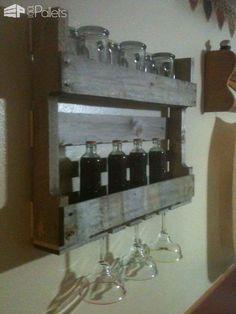 Mini Pallet Bar DIY Pallet BarsPallet Shelves & Pallet Coat Hangers