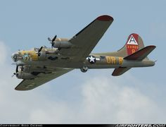 NL93012 (cn 32216) Boeing B-17G Flying Fortress (299P) Photo by Rod Dermo.Collings Foundation.Thunder Over Michigan 2010,August 7, 2010