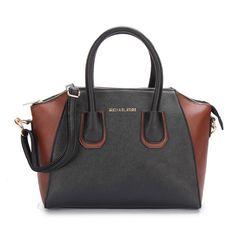 FashionBag Look hot all season with Michael Kors Logo Matching Large  Black… Michael Kors Bags ... bb05e9d097