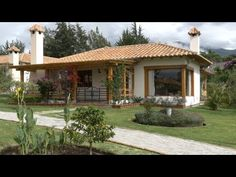 (SOLD) Cozy Home For Sale by owner in Gated Gommunity, Cotacachi, Ecuador Indian Home Design, Beautiful Villas, Beautiful Homes, Adobe Haus, Single Storey House Plans, Village House Design, Home Building Design, Tropical Houses, Cottage Homes