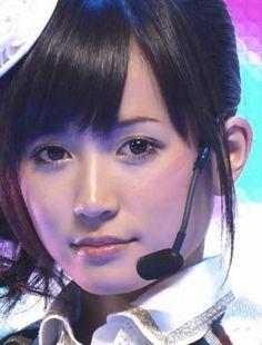 【衝撃画像】前田敦子の目と目を離して適正位置に置いた結果wwwwwwwwwwwwwww