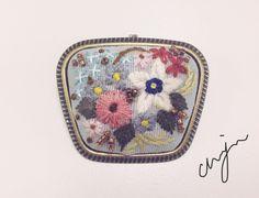 Embroidery 프랑스자수 브로치