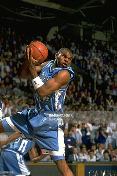 1e5eb9c81f4a HBD Jerry Stackhouse November 5th 1974  age 42