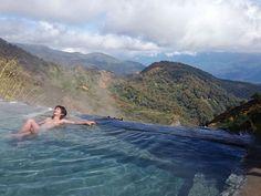 長野県 : 白馬鑓温泉 hakuba yari onsen この露天風呂は混浴であるため、女性専用の浴室も別に設けられている。…