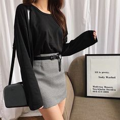 This shirt and skirt OOTD is all you need to look smart, chic, and sexy! This shirt and skirt OOTD is all you need to look smart, chic, and sexy! Korean Fashion Trends, Korean Street Fashion, Asian Fashion, Look Fashion, Girl Fashion, Fashion Outfits, Fashion Tips, Fashion Design, Fashion Ideas