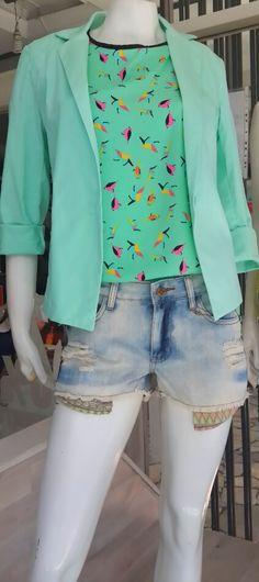 Short jean con roturas + remeron estampado