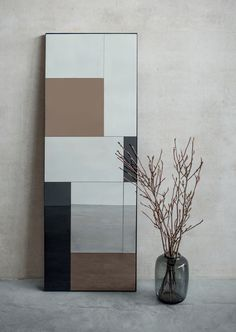 Mirrors are perfect to decorate walls. You can also use artwork yet we believe the functionality and elegance of a mirror can surpass even the greatest of paintings.