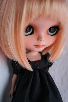 Buffy's Dark Blue Eyes Tiny Dolls, Cute Dolls, Blythe Dolls, Dark Blue Eyes, Buffy, Kawaii Doll, Doll Face, Ball Jointed Dolls, Beautiful Dolls
