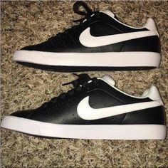 Women's Nike court tennis shoes New size 7.5 - great for summer! Nike Shoes Sneakers
