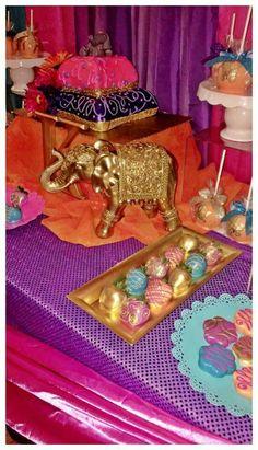 52 new Ideas baby shower themes for twins pom poms Aladdin Birthday Party, Aladdin Party, Arabian Party, Arabian Nights Party, Baby Shower Cake Sayings, Baby Shower Cake Pops, Baby Shower Parties, Baby Shower Themes, Baby Shower Decorations