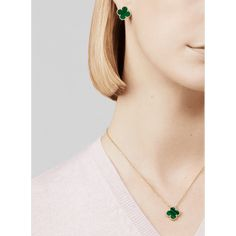 Learning About Jewelry? Look Here First Van Cleef Arpels, Van Cleef And Arpels Jewelry, Boucheron Jewelry, Jewelry Case, High Jewelry, Clean Jewelry, Jewelry Holder, Boho Jewelry, Beaded Jewelry