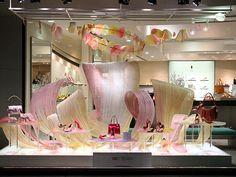 Visual: KANEMATSU - Vidrieras de Tokyo
