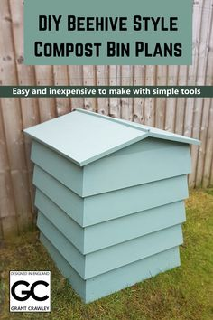 Plans to make an easy-to-build DIY compost bin. Looks great in the garden, makes fantastic compost and doesn't smell or attract vermin. Build Compost Bin, Outdoor Compost Bin, Homemade Compost Bin, Making A Compost Bin, Garden Compost, Veg Garden, Wooden Compost Bin, Gardening, Vegetable Garden