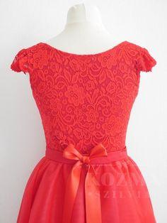 Kozma Szillvia-Egyedi menyassznyi ruha tervezés, menyasszonyi ruha varrás, menyasszonyi ruha, esküvői ruha, menyecskeruha, koszorúslány ruha, alkalmi ruha készítés Formal Dresses, Fashion, Dresses For Formal, Moda, Formal Gowns, Fashion Styles, Formal Dress, Gowns, Fashion Illustrations