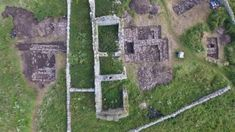 Archaeologists find 'Viking drinking hall' during Orkney dig - BBC News