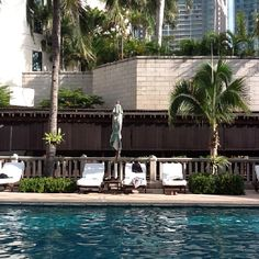 The pool at The Peninsula Hotel Bangkok.