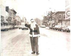 Santa Claus on Superior Street in 1972 Albion