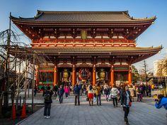 A Guide to Visiting Sensoji Temple