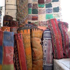 Shopping in the Souks! Rugs + Carpets
