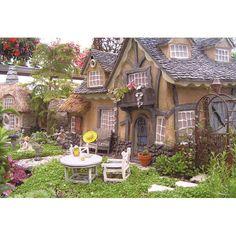 Mini garden house