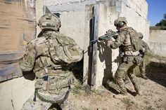 Captain Wales participates in a Counter Terrorism exercise with 2 Commando Regiment