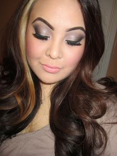 TINAMARIEONLINE: Urban Decay Naked 2 Palette Look - Tutorial - prettttyyyyy ! i want fake eyelashes too for my wedding day :)