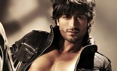 Bollywood, Tollywood & Más: Vidyut Jammwal Haider Khan Photography