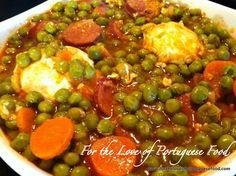 Stewed Peas with Poached Eggs