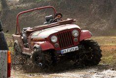 Cj Jeep, Jeep Cj7, Jeep Wrangler, Vintage Cars, Antique Cars, Jeep Accessories, Lifted Trucks, Jeeps, Iran