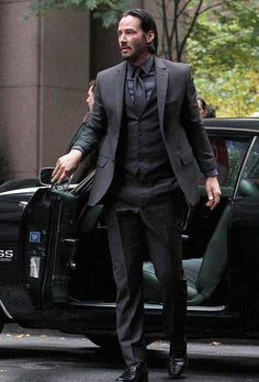 Get the Luca Mosca (Costume Designer) Custom Made Three-Piece Suit seen with John Wick, played by Keanu Reeves, in the movie John Wick. Discover products and locations from movies with TheTake. Black Three Piece Suit, Black Suit Men, Style Gentleman, John Wick Movie, Keanu Reeves John Wick, Style Masculin, Richard Madden, Jackett, Mens Fashion Suits