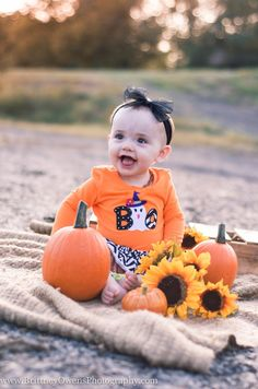 Brittney Owens Photography: Baby E's 9 month session {Fort Smith AR Photographer} 9 month old baby girl photo session. Outdoor photos with a fall theme. Photographie D' Halloween, Halloween Fotografie, Fall Baby Pictures, Baby Girl Photos, Fall Pics, Fall Baby Pics, Fall Photos, Holiday Photos, Christmas Photos