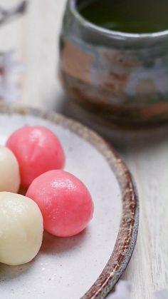 Fun Baking Recipes, Dessert Recipes, Cooking Recipes, Dango Recipe, Japenese Food, Hina Matsuri, Japanese Sweets, Love Eat, No Cook Meals