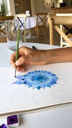 Watercolor Flowers, Watercolor Paintings, Victoria, Mandala Drawing, Flower Mandala, Watercolor Techniques, Art, Art Background, Water Colors