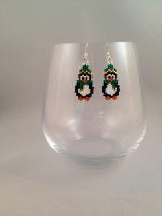 Penguin Brick Stitch Earrings by BeadingBeeCreations on Etsy, thread a bead pattern $12.00