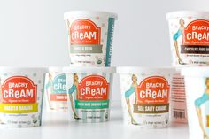 Beachy Cream Ice Cream creates organic ice cream sandwiches, scoops, and cones in Los Angeles, California.Design Womb successfully designed and delivered a whimsical and vintage-inspired collection of ice cream pint packaging for the brand's signature f… Dairy Packaging, Retro Packaging, Ice Cream Packaging, Packaging Design, Branding Design, Collateral Design, Label Design, Tasty Ice Cream, Ice Cream Flavors