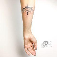 🌿🍃👁#hiç #mesnevî #semazen #ebru #ebrusanatı #calligraphy #colorful #tattoo #tattoodesign #ink #inked #bodyart #artwork #design #marblingeffect