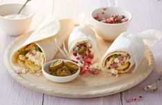 Start your day the Mexican way with this tempting breakfast burrito. Learn how to spice up your breakfast at Tesco Real Food. Waffle Recipes, Brunch Recipes, Breakfast Recipes, Breakfast Ideas, Paleo Oatmeal, Canapes Recipes, Healthy Recipes, Healthy Meals, Easy Recipes