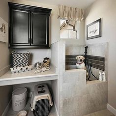 [New] The 10 All-Time Best Home Decor (Right Now) - Ideas by Mary Weeks - A dog washing station! This has got to be the cutest thing we saw today . By Feeling inspired? Animal Room, Decor Interior Design, Interior Decorating, Dog Washing Station, Dog Station, Dog Feeding Station, Dog Rooms, Dog Shower, Laundry Room Design
