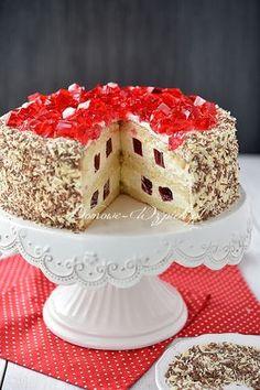 Tort śmietankowy z galaretką