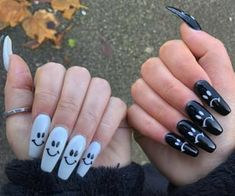 90 images about Diseños de 💅 on We Heart It | See more about nails and nail art Halloween Acrylic Nails, Acrylic Nails Coffin Short, Simple Acrylic Nails, Summer Acrylic Nails, Best Acrylic Nails, Coffin Nails, Halloween Nail Designs, Summer Nails, Edgy Nails