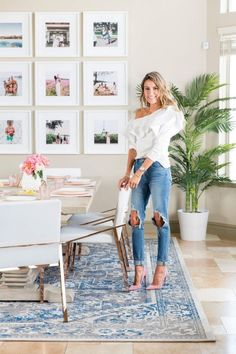 Salle à manger The 1 Brilliant Way This Fashion Blogger Made Her Glam Dining Room Kid-Friendly