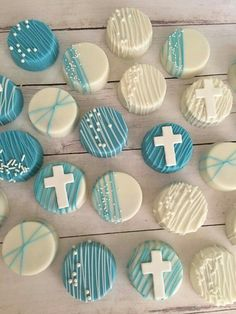 ideas for baby boy baptism desserts first communion Baptism Desserts, Baptism Cupcakes, Baptism Cookies, Baptism Party Decorations, First Communion Decorations, First Communion Cakes, Boys First Communion, Baby Boy Baptism, Boy Christening